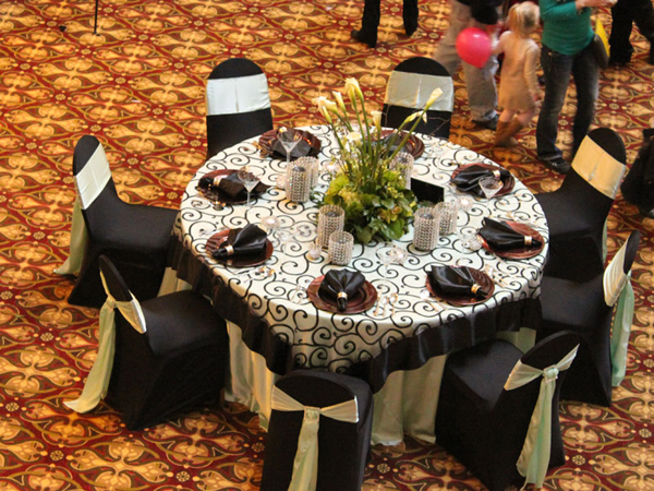 5 Things To Know When Renting Table Linens Beyond Elegance Event