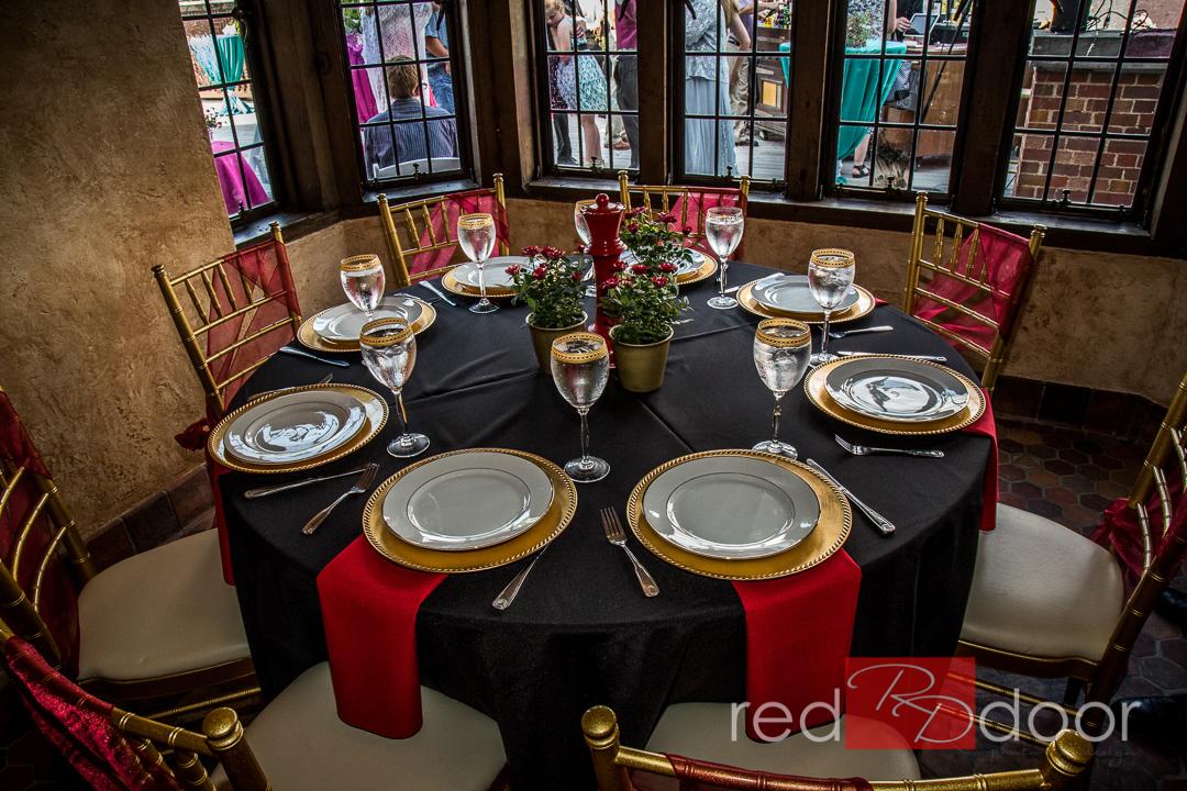 Rollins-Mansion-Tablecloth-Rentals-by-Beyond-Elegance