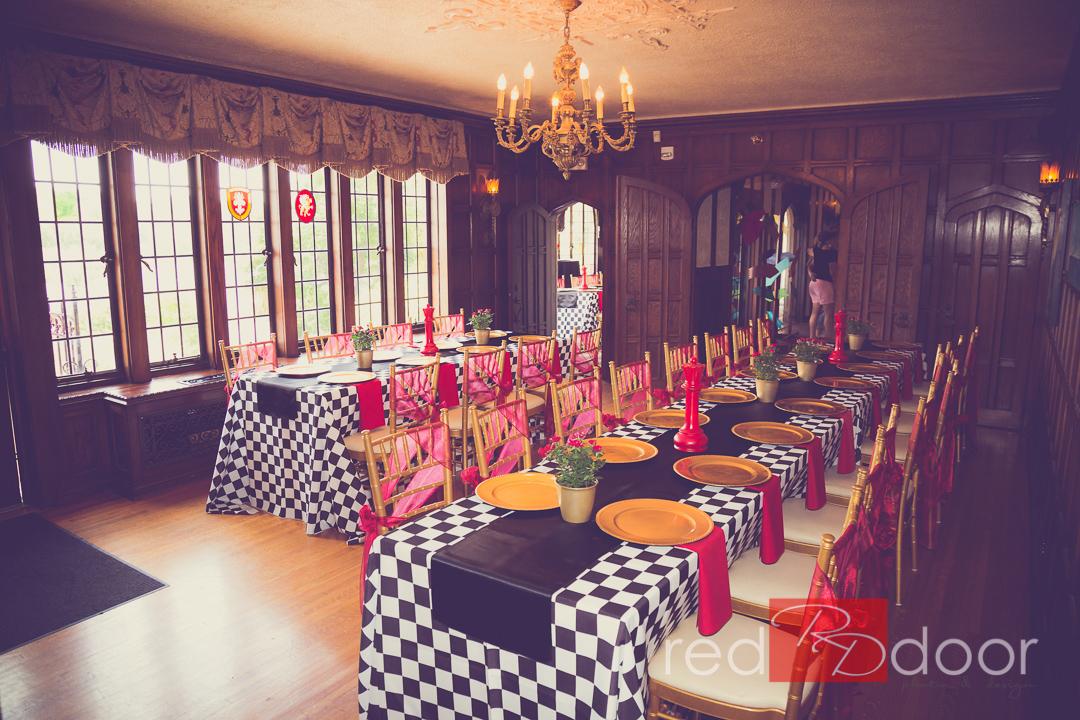 Table-Runner-Rentals-by-Beyond-Elegance