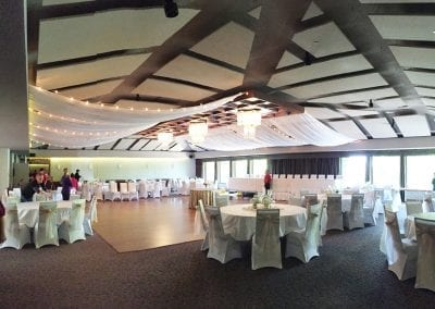 Des-Moines-Golf-&-Country-Club-Italian-Lights-on-Both-Sides-of-Drapes