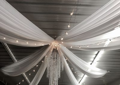 Star-Ceiling-Draping-With-Italian-Lighting-by-Beyond-Elegance
